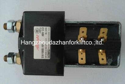 Hangzhou forklift accessories wholesalers teach you to see the wear degree of forklift parts